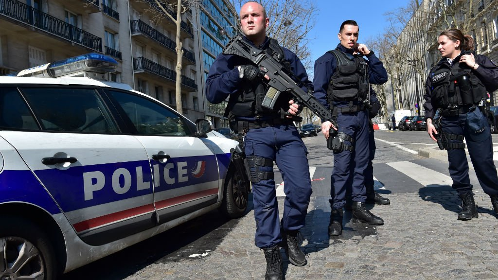 Letter bomb that exploded at IMF offices in Paris was 'sent from Greece'