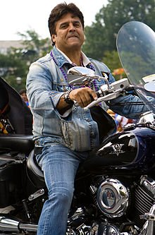 A happy dapper 68th birthday to Erik Estrada!