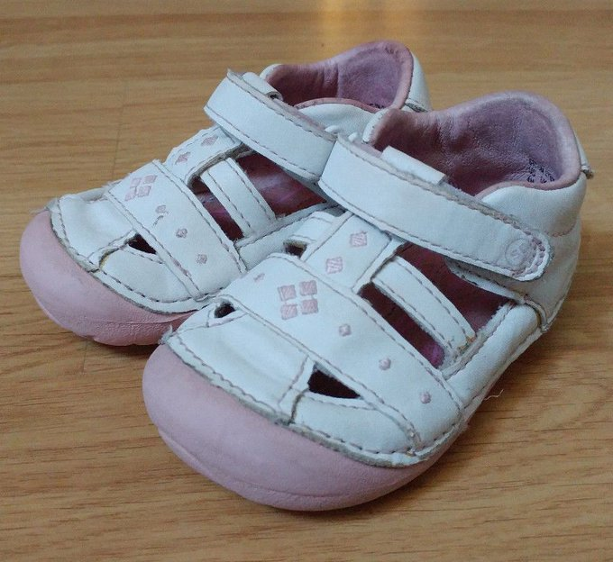 #fashion #style #giveaway Infant Baby Girls LYNDEN Stride Rite Pink Jane Sandals Walking Shoes Size 4M GUC #rt