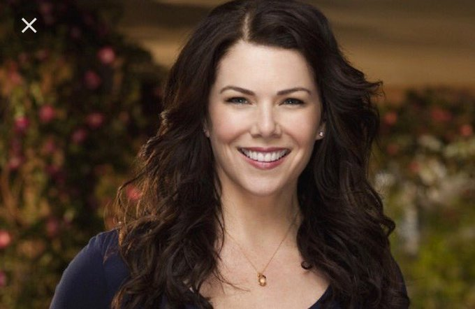 This woman sure makes 50 look good  Happy birthday to the hilarious Lauren graham.