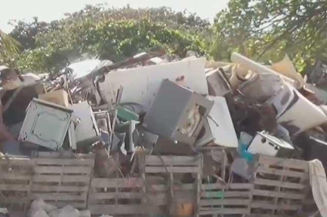 ¡El colmo! Hasta neveras y lavadoras fueron halladas en lecho marino de San Andrés https://t.co/QAAfGoG5K9