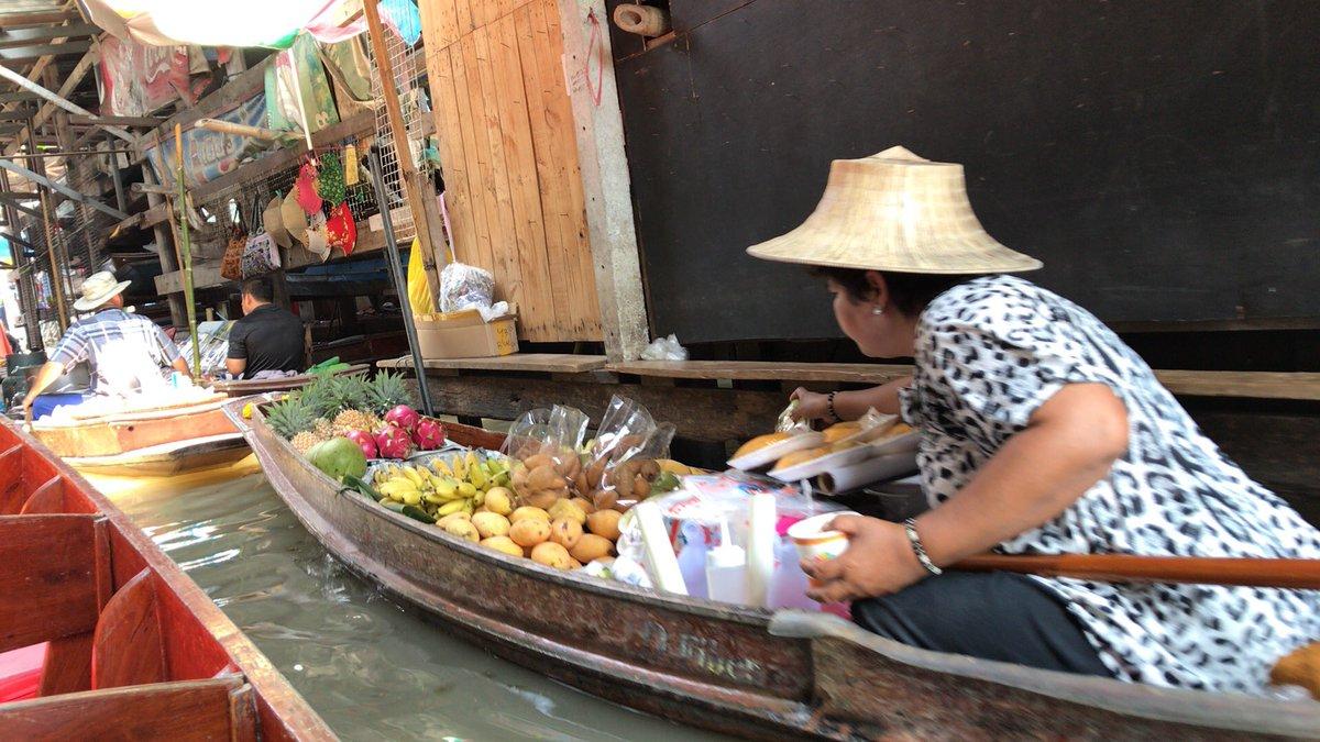 タイに着いたぞぅ🐘🇹🇭早朝からロケ三昧でございます。ちなみに、本日23時30分〜『ワカコ酒 season2』今夜のゲスト