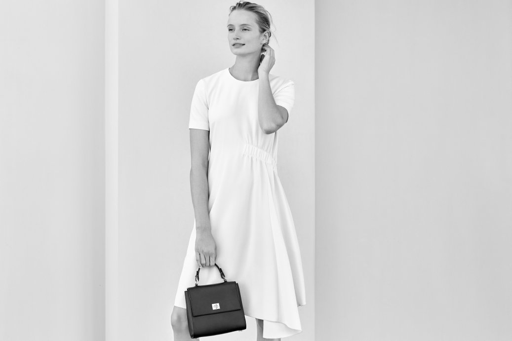 An elegant wedding look with the ideal accessory #ThisIsBOSS https://t.co/HRN8e1KRrw