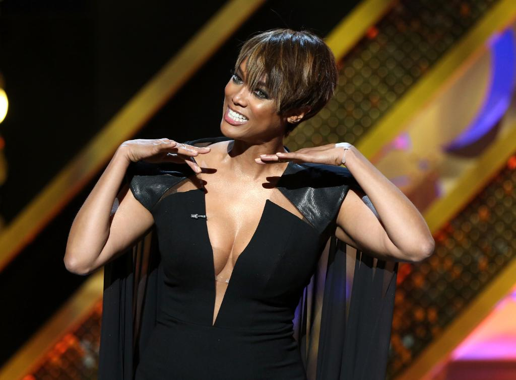 """Giving her fans a reason to """"smize,"""" Tyra Banks is returning to """"America's Next Top Model"""":"""