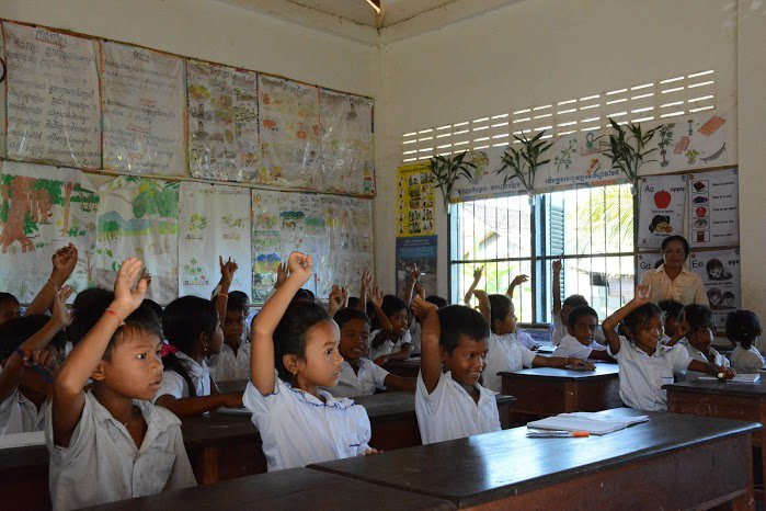 What does @WFP do in #Cambodia? We support education, nutrition & livelihoods: https://t.co/OsWGUAOoug #ZeroHunger https://t.co/1zbcUaqNsJ