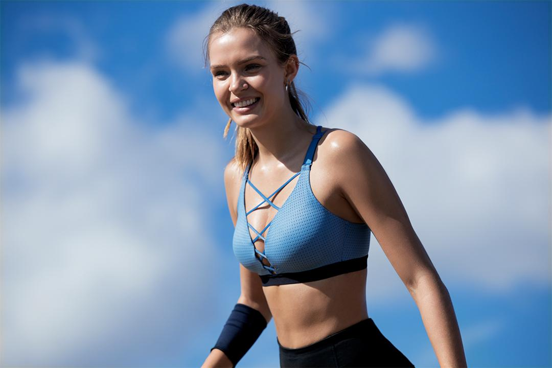 Summer's coming & we're already sweating the new @VictoriaSport. https://t.co/SApNOgiwSF https://t.co/rNTV3fRMWx