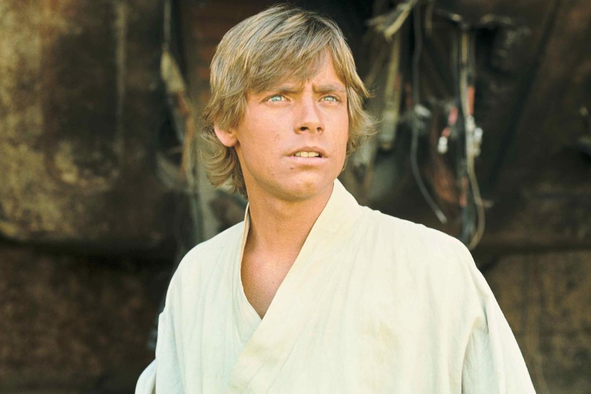Mark Hamill shares 'Star Wars' photo from first shoot day as Luke Skywalker