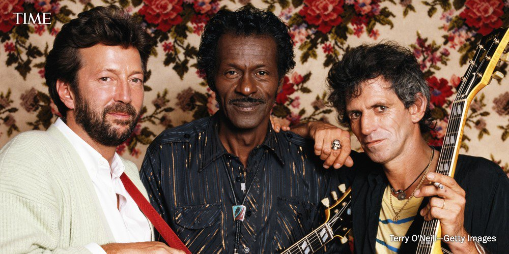 The great Chuck Berry has died at the age of 90. See his life in photos. https://t.co/HOVEQhxs78 https://t.co/RW8cehlo3n