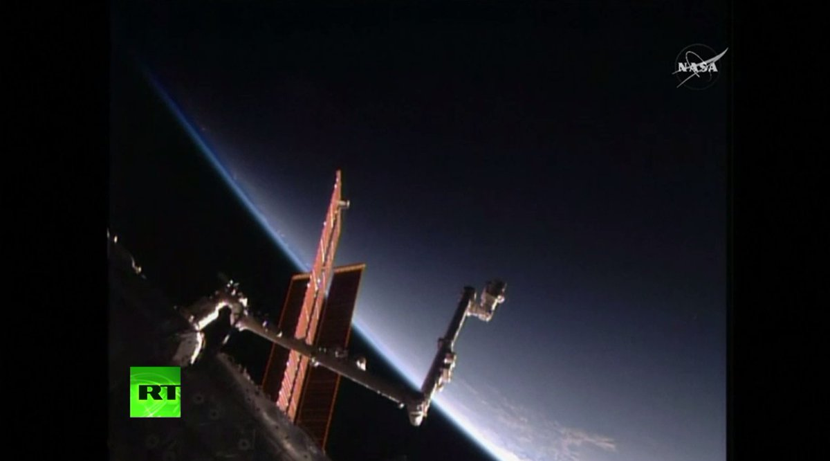 SpaceX Dragon ship leaves Intl Space Stattion WATCH LIVE