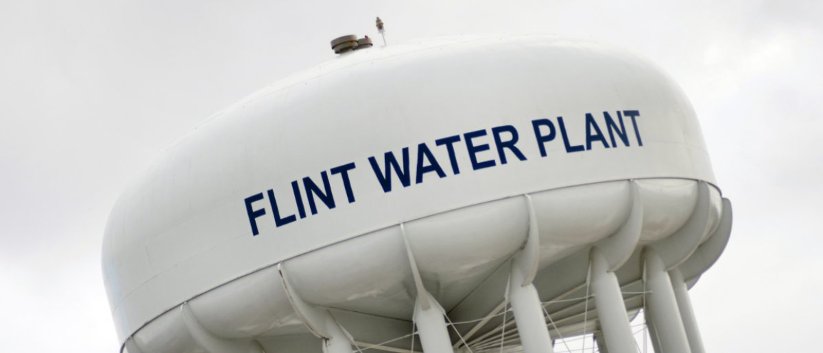 Trump's EPA Grants Flint $100 Million To Fix Broken Water System https://t.co/bZS5kd59pM https://t.co/1Ykal7dMcp