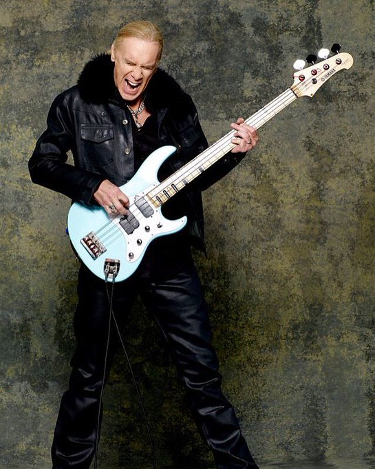 BassPlayerNow: Happy Birthday to the great Billy Sheehan!