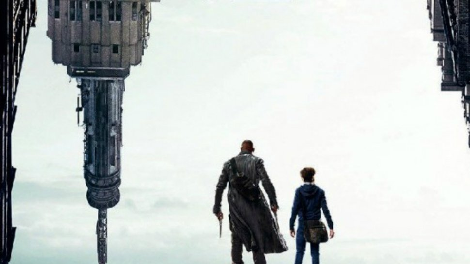 New #TheDarkTower movie poster is here, and it's #StephenKing approved! https://t.co/ghtI1YvNX3 https://t.co/1bPHPUdjul
