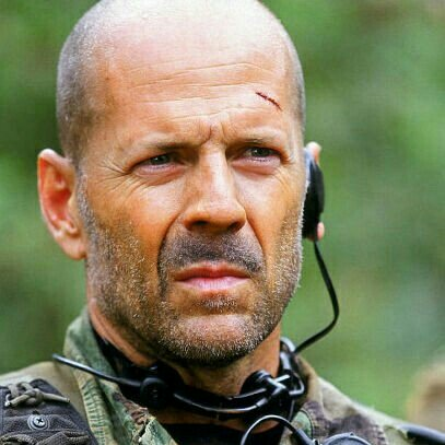 Happy birthday, Bruce Willis! May you get everything you wish with every passing year!