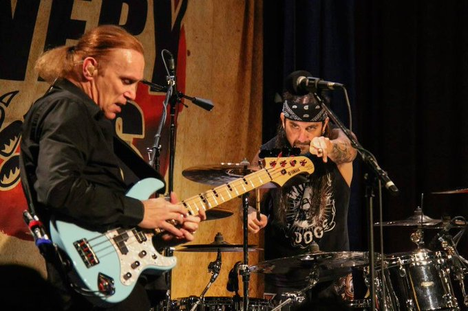 Happy Birthday, a pioneer of the instrument Mr Billy Sheehan
