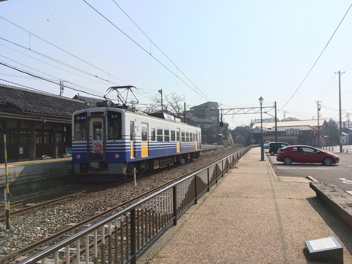 タカスサーキットへ行く道中には福井県三国町を通るわけで。ちょっと寄り道してグラスリップ聖地巡礼。
