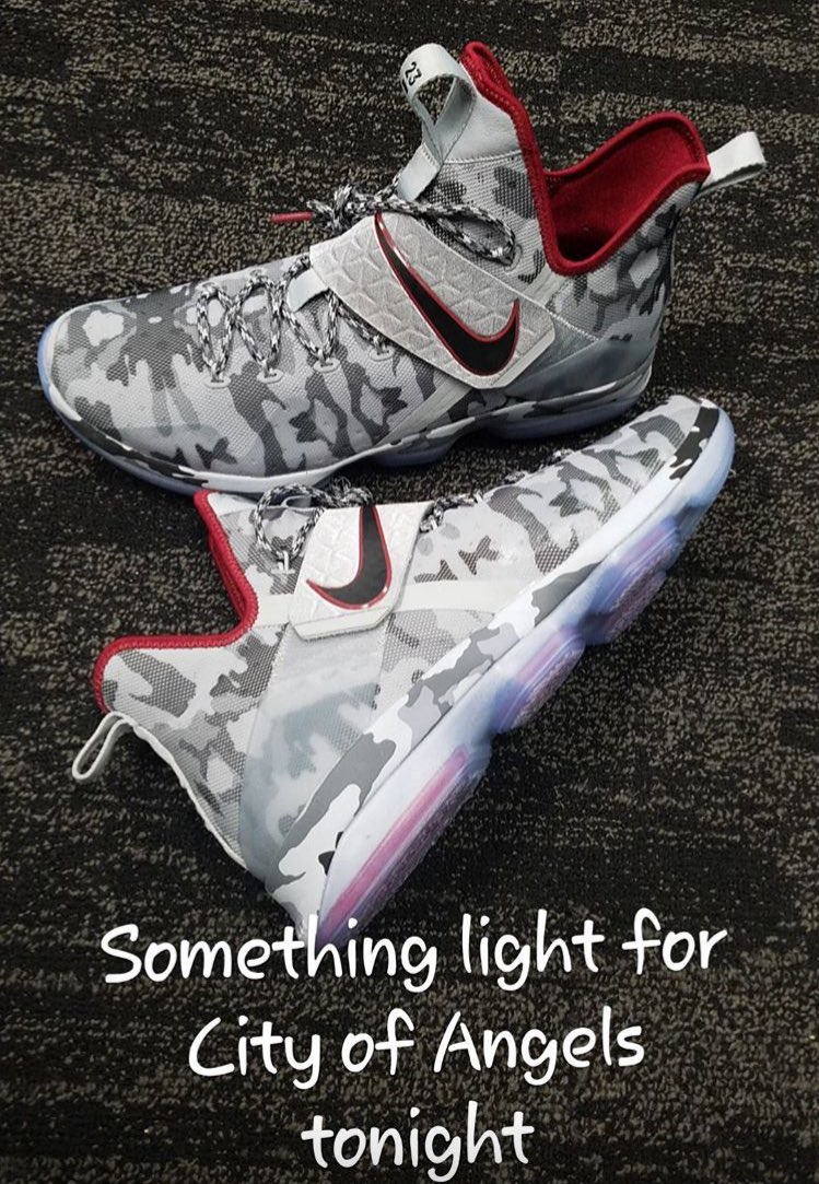 These kicks tonight... ��  (Via @KingJames' Instagram Story) https://t.co/xzrWVmT3R2