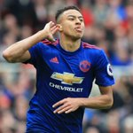 Manchester United and Tottenham don't miss a stride