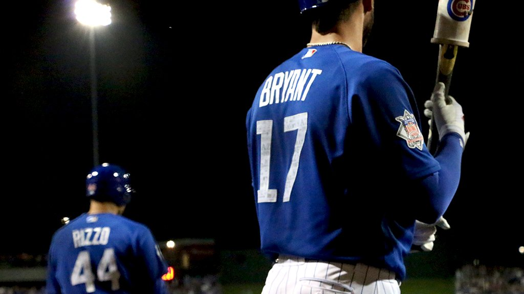 Bright lights, big names. #SpringTraining https://t.co/m2SYzEibSV