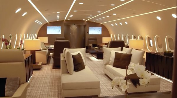 Luxury Dreamliner makes other private jets look like garbage https://t.co/AMUqXT22rL https://t.co/ONQ9hIiIFA