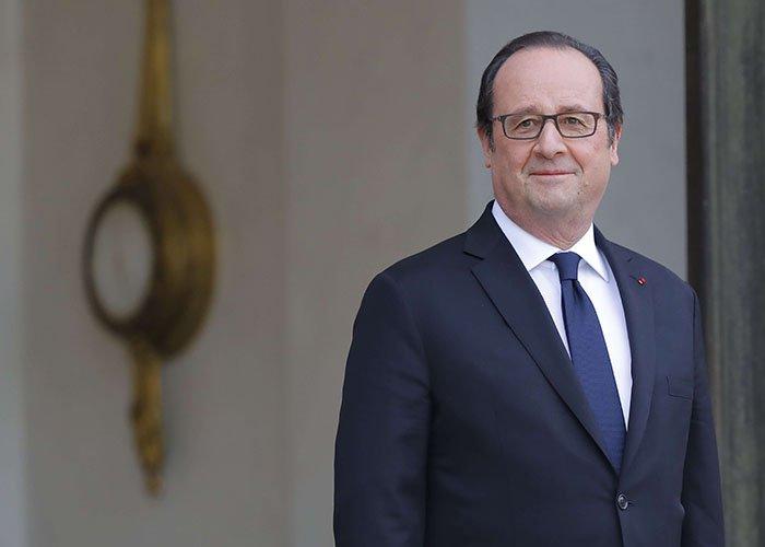 """Hollande estime que le programme de Macron est """"un copier-coller du sien de 2012"""" >> https://t.co/wkldYwpBc2"""