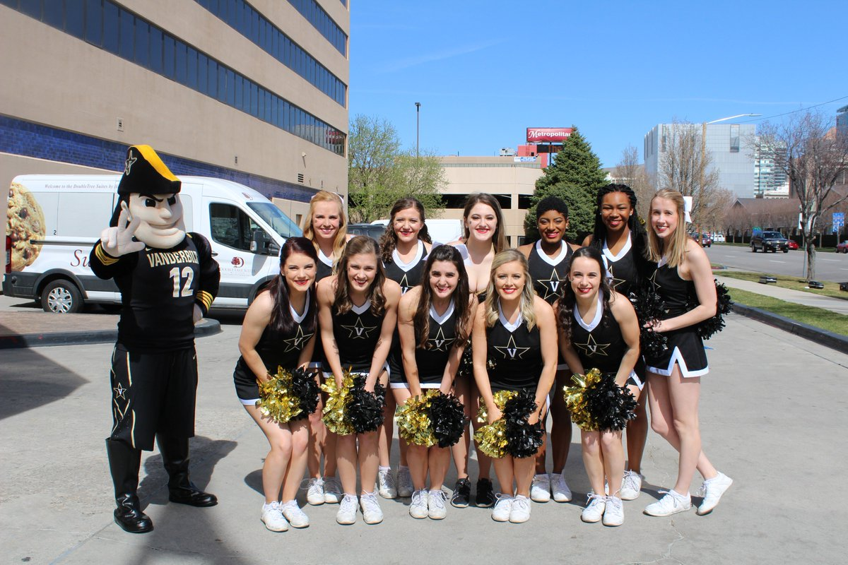 RT @VUCheer_Dance: Happy first official day of Spring!  #vandyspirit https://t.co/VyGSdsQAfC