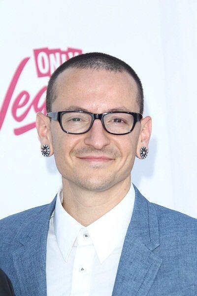 Happy Birthday Chester Bennington (Linkin Park) :)
