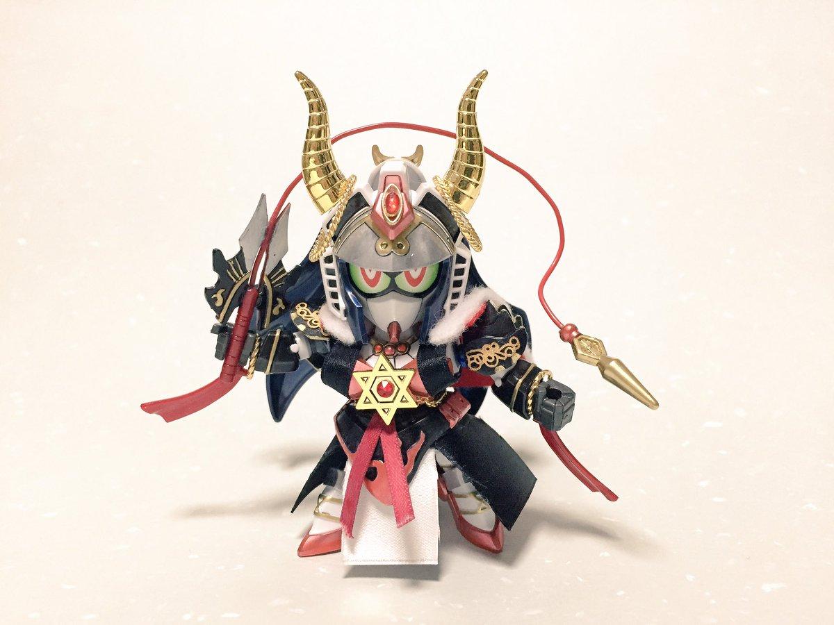 Thunderbolt Fantasyより、刑亥ノーベルできました!!人形の雰囲気を出すために、金属パーツや布地を使用。