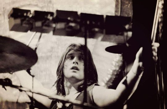 Turntableritual:  Happy Birthday to the ever shining sunshine boy and most amazing drummer- Carl Palmer! We love yo