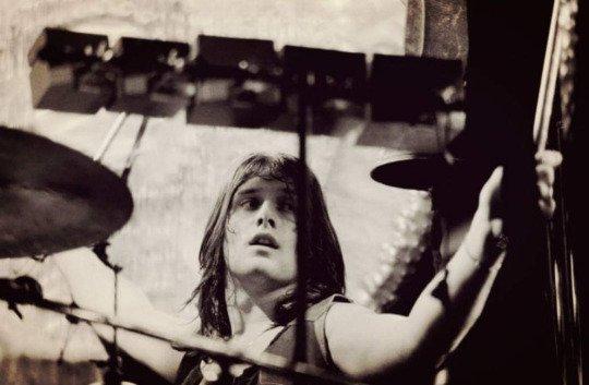 Turntableritual:  Happy Birthday to the ever shining sunshine boy and most amazing drummer- Carl Palmer! We love yo