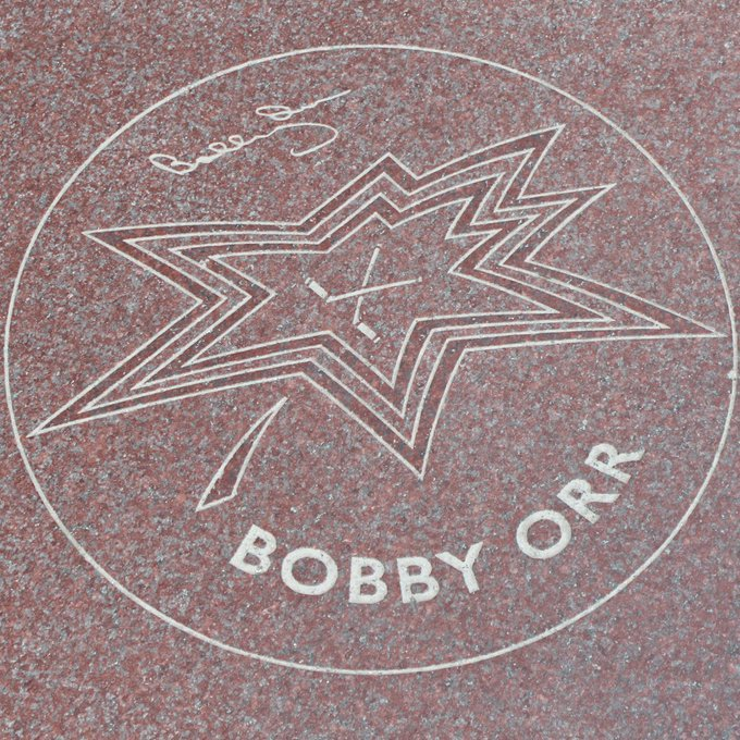 Happy birthday to 1998 Canada\s Walk of Fame Inductee Bobby Orr!