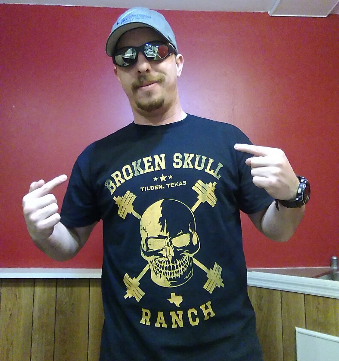 Hell Yeah!RT @shawnmurch89: Thanks for the badass T-shirt.  Definitely will get more. @OneHourTees @steveaustinBSR https://t.co/XJ6el9MCc0