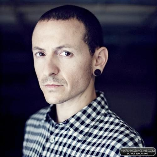 1976 -  Chester Bennington, Vocalist for Happy Birthday!