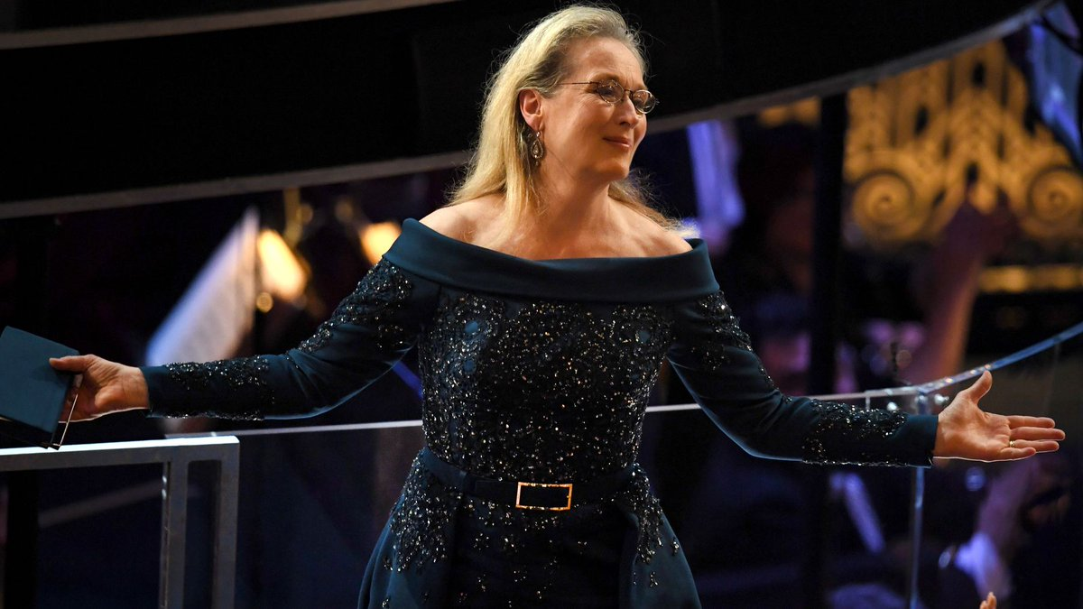 These #MerylStreep shouting memes proves the internet is still undefeated. https://t.co/pxvyED1FOm