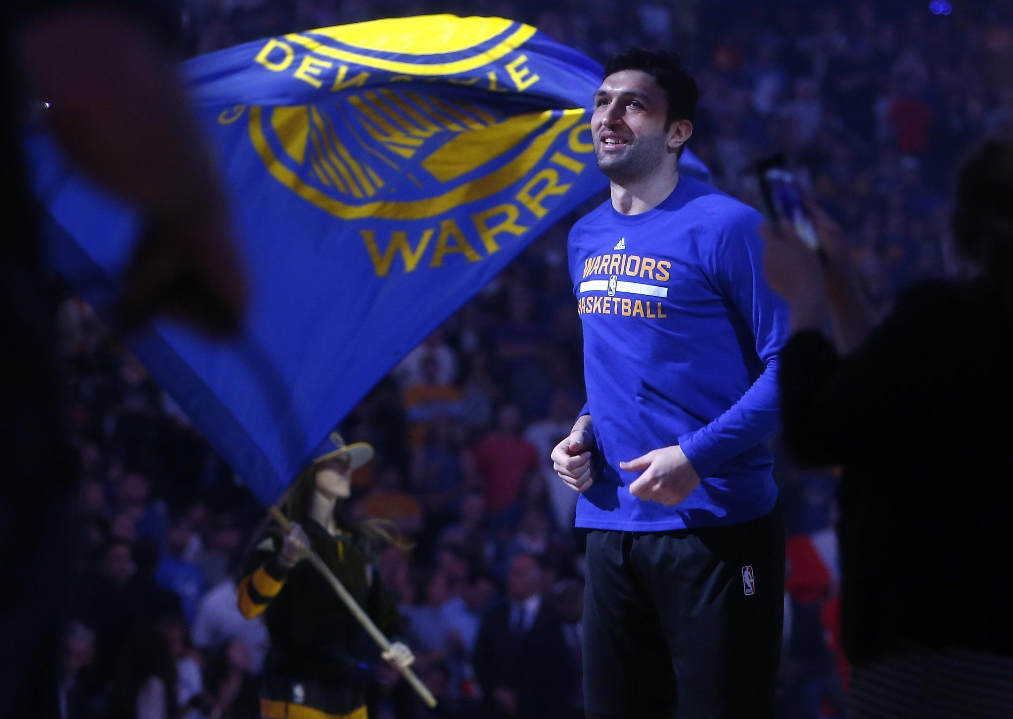 Lunchtime read for #DubNation - why @zaza27 plays to honor his late father » https://t.co/5I9pTKI2vD https://t.co/tAvrPTC4q4