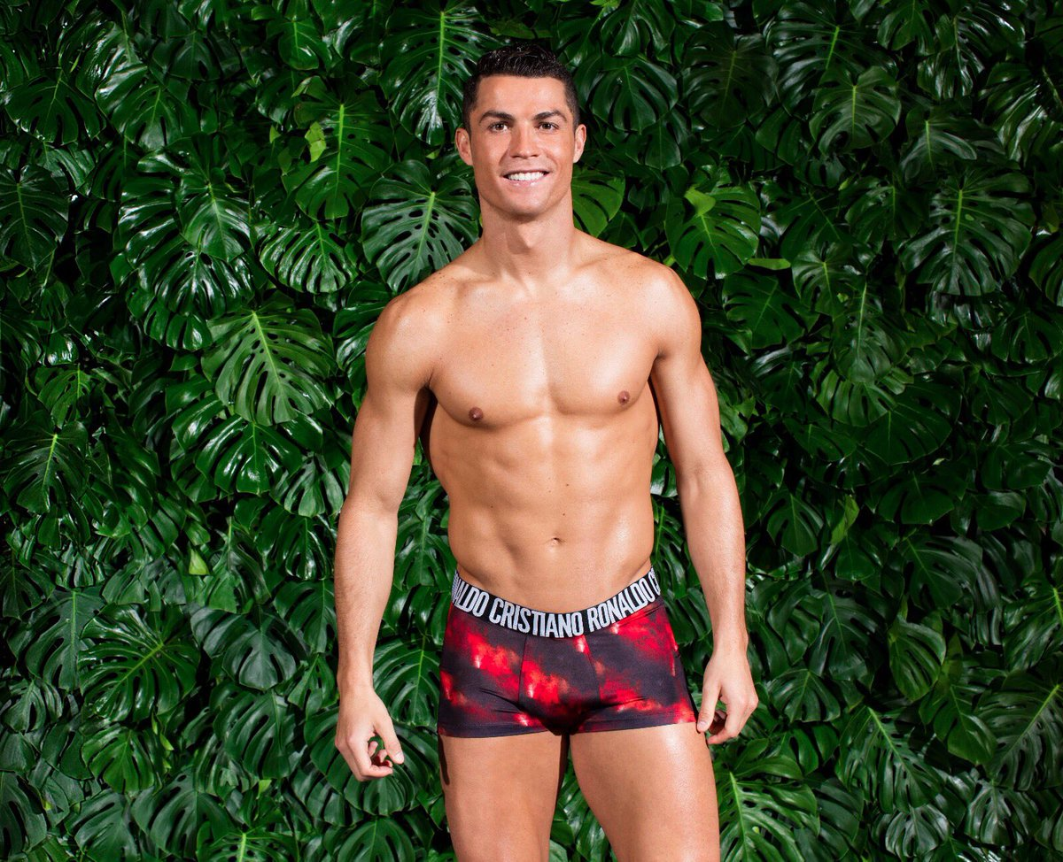 Perfect for the summer! ������ @CR7underwear https://t.co/OV1hbFv7DK by #Cristiano via @c0nvey https://t.co/XMiUMVioMo