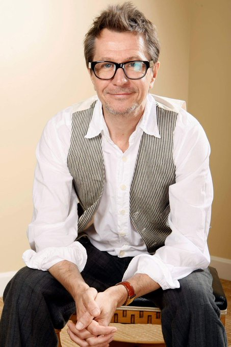 happy birthday to the marvelous Gary Oldman.