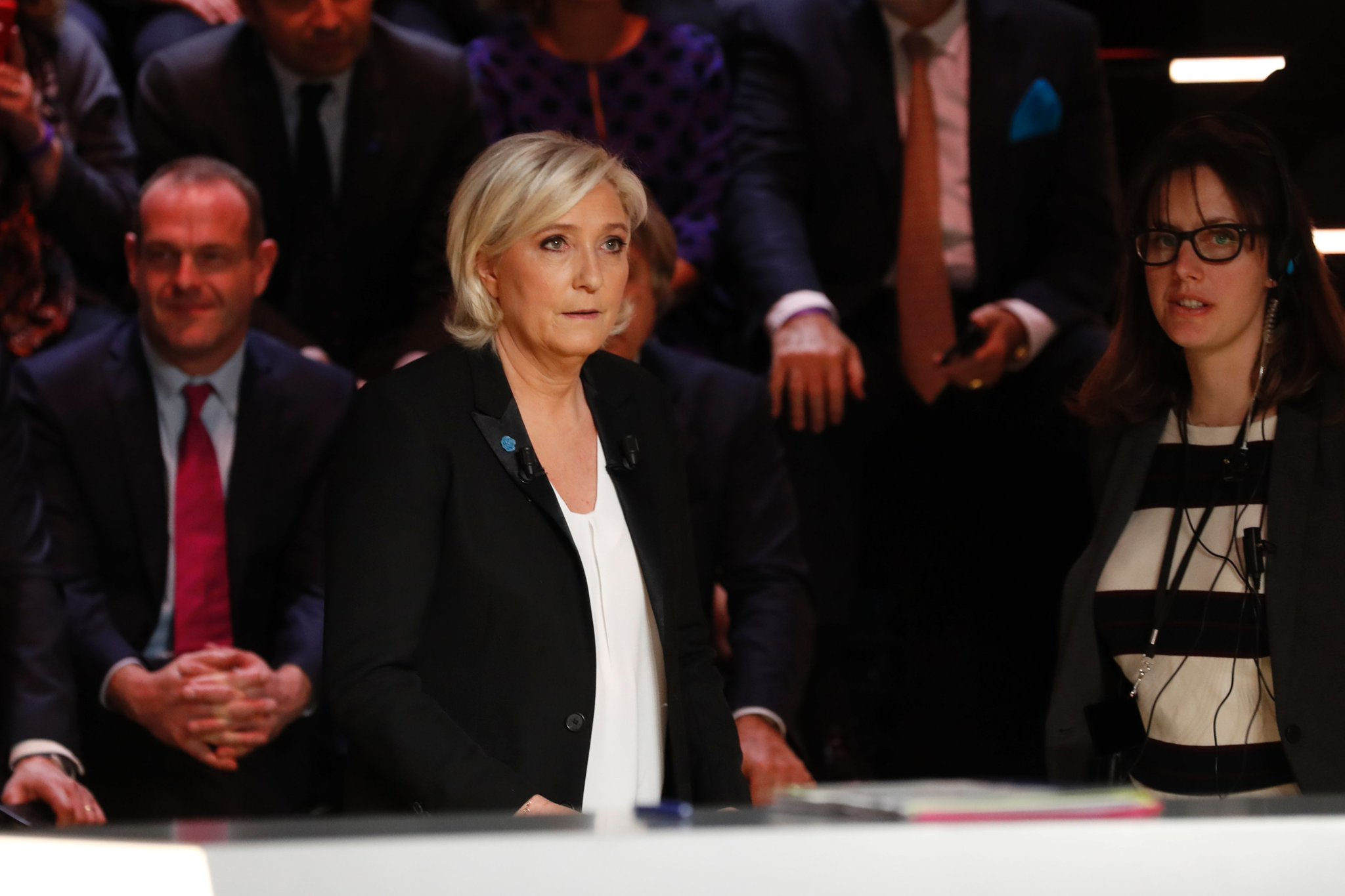 Marine Le Pen vows to stop 'illegal or legal' immigration to France https://t.co/pUB1FhKkhT #LeGrandDebat #DebatTF1 https://t.co/oEBIl9A4Xz