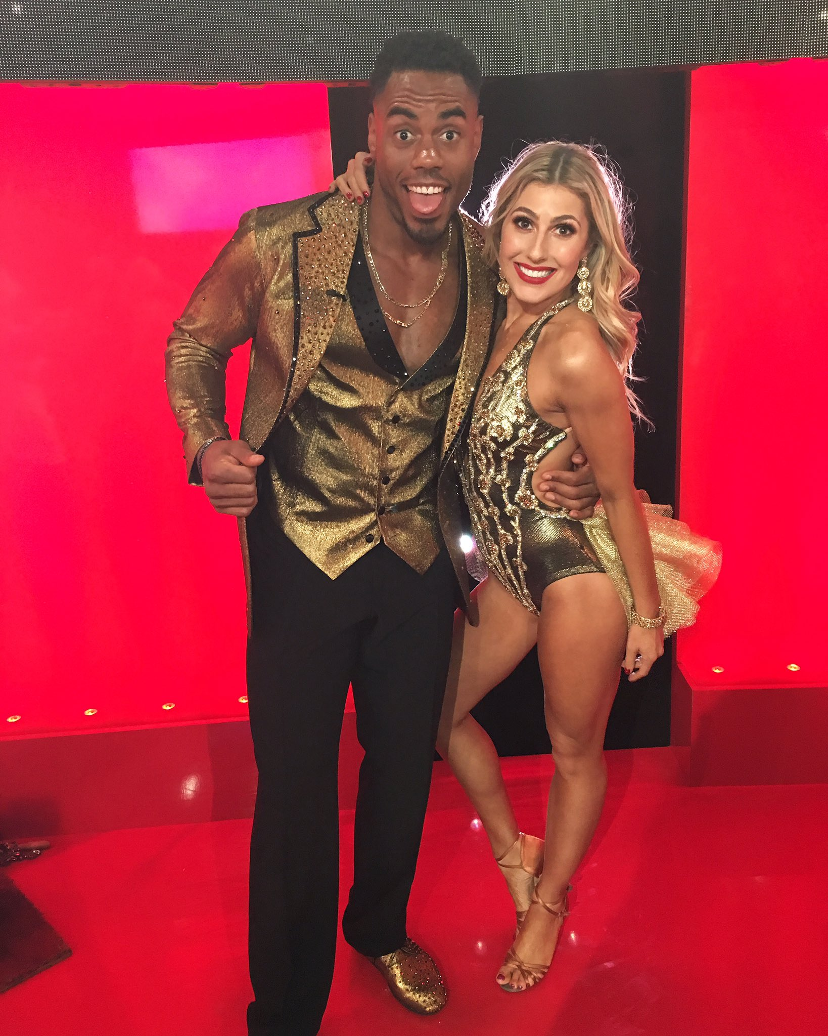 Almost show time! Tune in to catch @EmmaSlaterDance and I Cha Cha! @dancingabc #DWTs Vote #TeamShadSquad https://t.co/j2kMExKteJ
