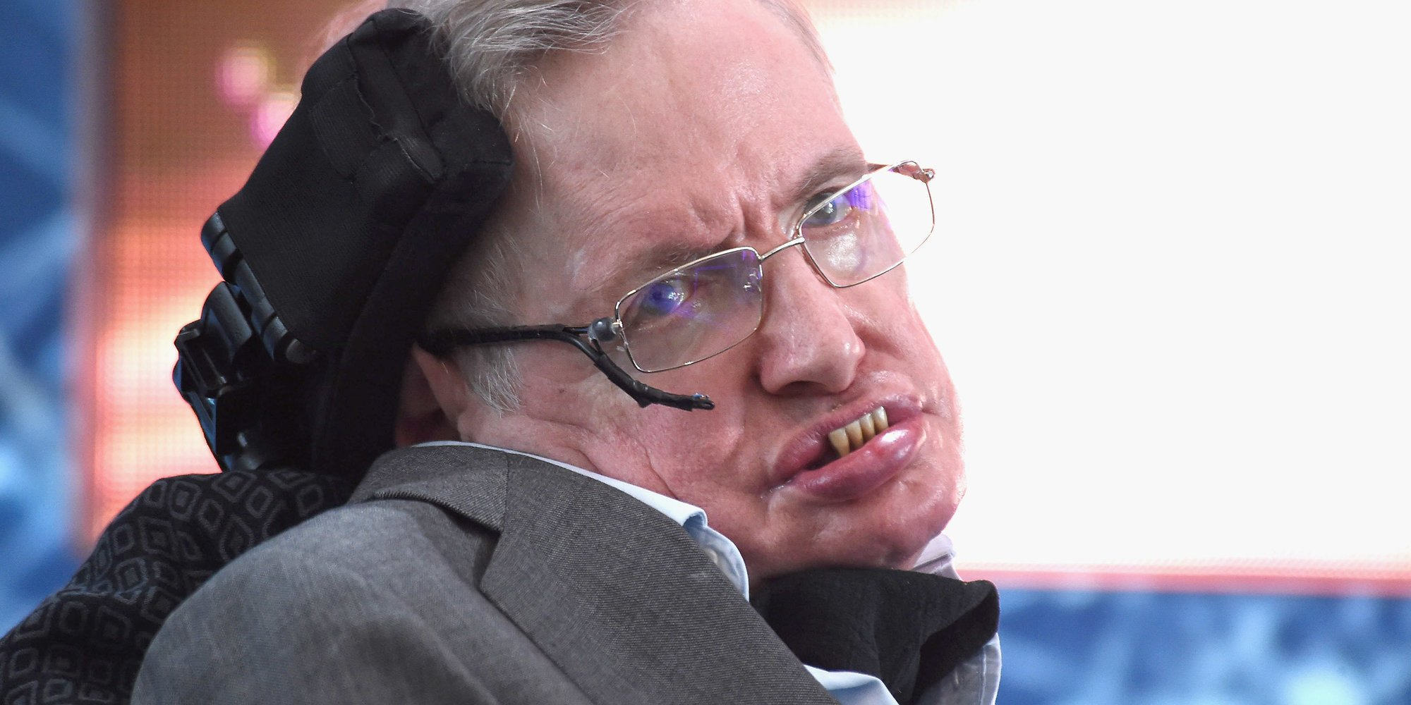 Donald Trump's anti-science agenda leaves Stephen Hawking feeling unwelcome in the U.S. https://t.co/O1gqbib9US https://t.co/IVAtDL8Se4