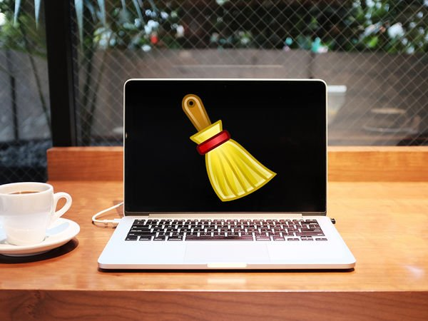 The complete guide to spring cleaning your computer https://t.co/rntWnyiSzk https://t.co/dikPMIMDYB