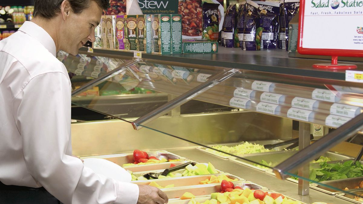 Man At Salad Bar Has To Say Every Item Aloud As He Adds It To Salad https://t.co/A2bPknc7wO https://t.co/r7zLptICj7