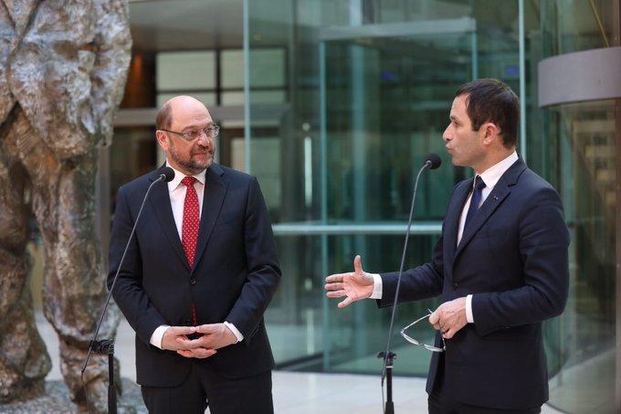 .@MartinSchulz 'Je suis heureux d'exprimer mon soutien et celui du #SPD à la candidature de Benoît Hamon.'