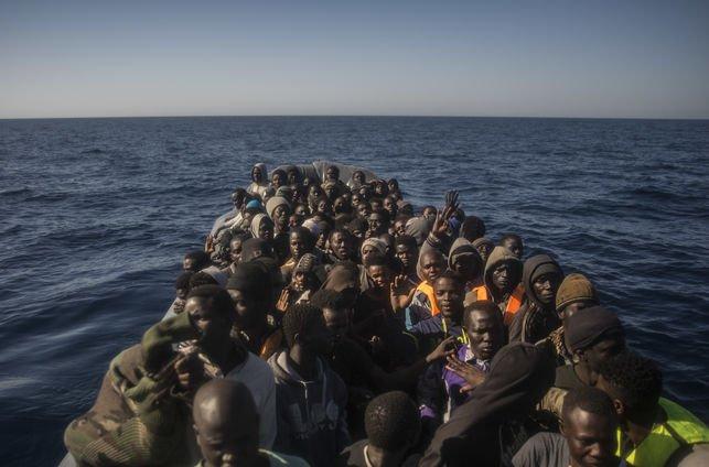 """""""He visto a compañeros lanzarse al agua porque no querían ser devueltos a Libia"""""""