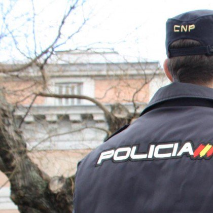 Detenido por masturbarse en la calle y eyacular sobre un policía nacional