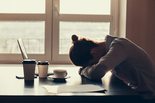 Feeling tired? Use these self-help tips to restore your energy levels: https://t.co/ZxznNwAx8V #TuesdayMotivation