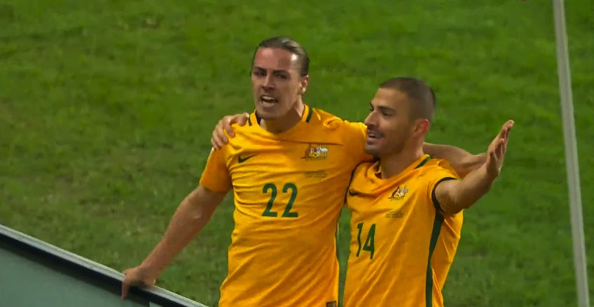 6' GOAL! Jackson Irvine hands @Socceroos a very early lead! The hosts lead 1-0! #RoadToRussia #WCQ2018 #AUSvUAE