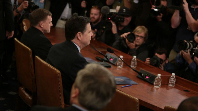 Comey says he regrets not trying harder to warn Dems about Russian hacking threat https://t.co/U0kjILuNhS https://t.co/ZIt7Bs53UC