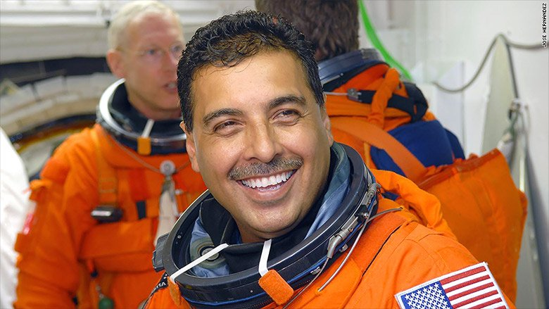 How this son of migrant farm workers became an astronaut https://t.co/xKLutjH2MH https://t.co/Dj6DGuAWnq