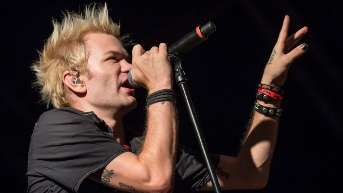 Happy birthday Deryck Whibley!  Catch at