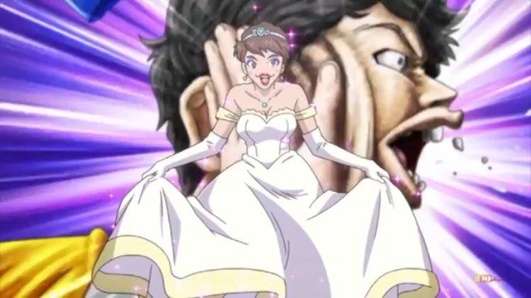 ヘボットの女装瀧上さんちゃんと男性の骨格なのにしっかり胸あって笑った。